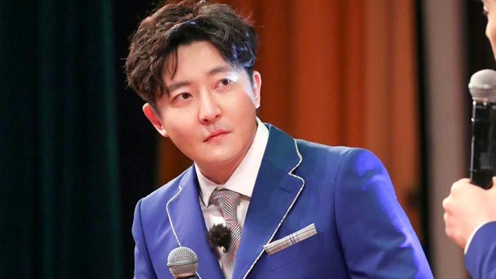 王迅演繹出道46年不火歌手,郭京飛哭紅眼眶