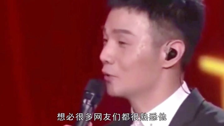 被唱歌耽誤的段子手李榮浩,再次展示幽默天性,這只一元狗火了