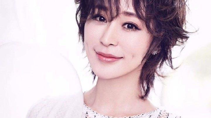 《三十而已》王太太走紅,戲里是頂級富婆,戲外裸婚下嫁房子斌
