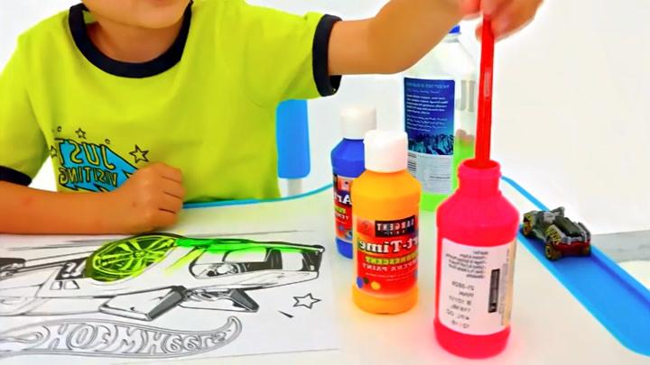 萌宝瓦伦达:瓦伦达的哥哥变身绘画画画大师,看看都画了什么名画